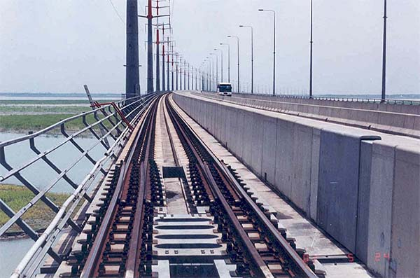 Pic 1. Banga Bandhu Bridge rail