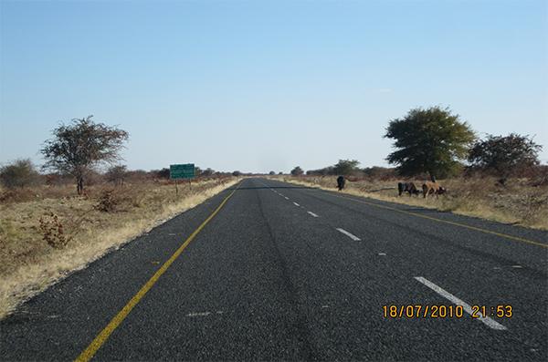 Pic 1. Mopipi Rakop Road, Botswana