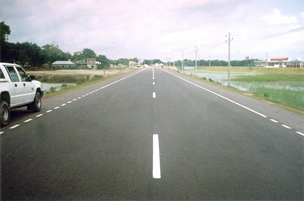 Pic 1.Dhaka Khul;na Highway